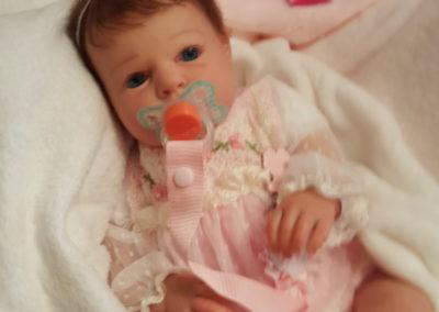 Noah de ojos abiertos bebes reborn