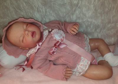 bebe reborn muñeca realista Noah de la escultora Reva Schick
